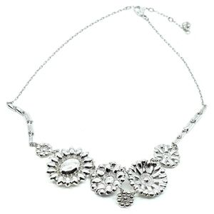 Swarovski Jewelry - SWAROVSKI~crystal flowers~STATEMENT NECKLACE